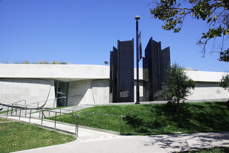 Photo of entrance to the Los Angeles Museum of the Holocaust